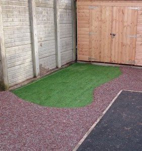 Resin Bonded Rubber Bark and Artificial Grass