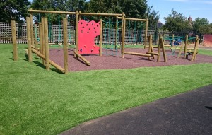 Resin Bonded Rubber Bark and Artificial Grass with Activity Track